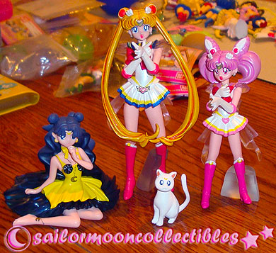 sailor moon gashapon 4 figures